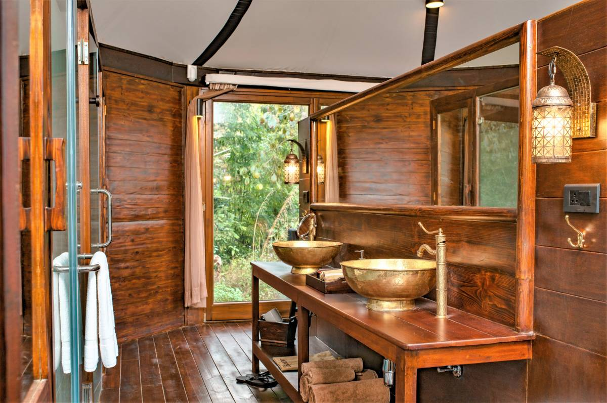 NEPAL'S FIRST LUXURY TENTED ECO VILLAS NOW OPEN