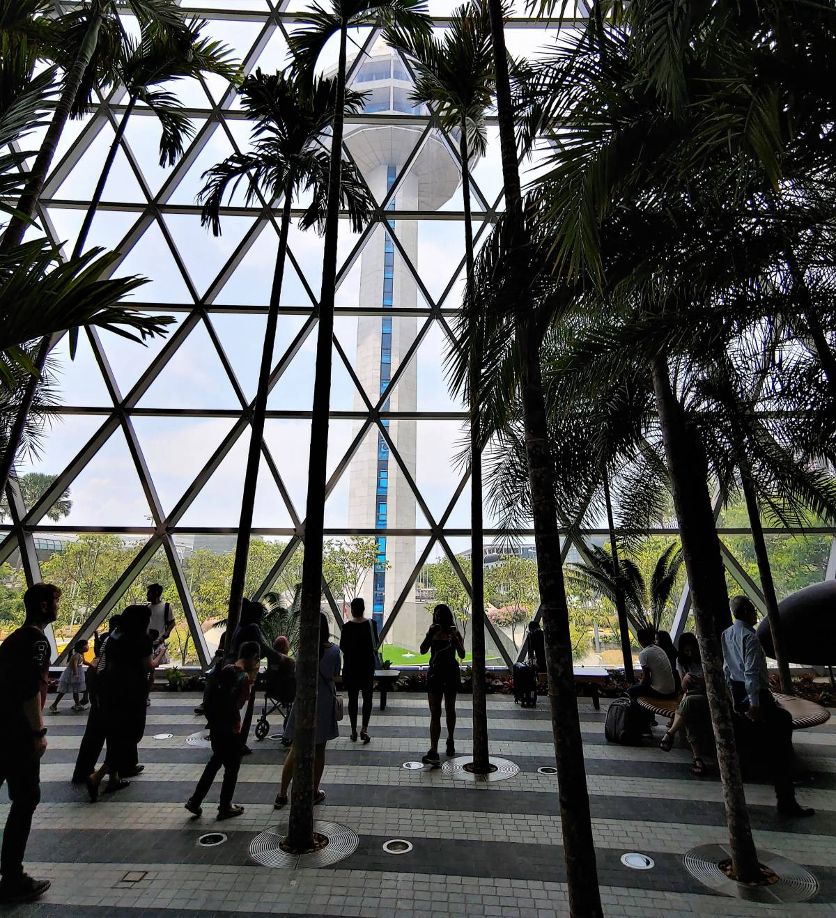 SINGAPOREANS FLOCK TO JEWEL CHANGI AIRPORT ON ITS OPENING WEEKEND