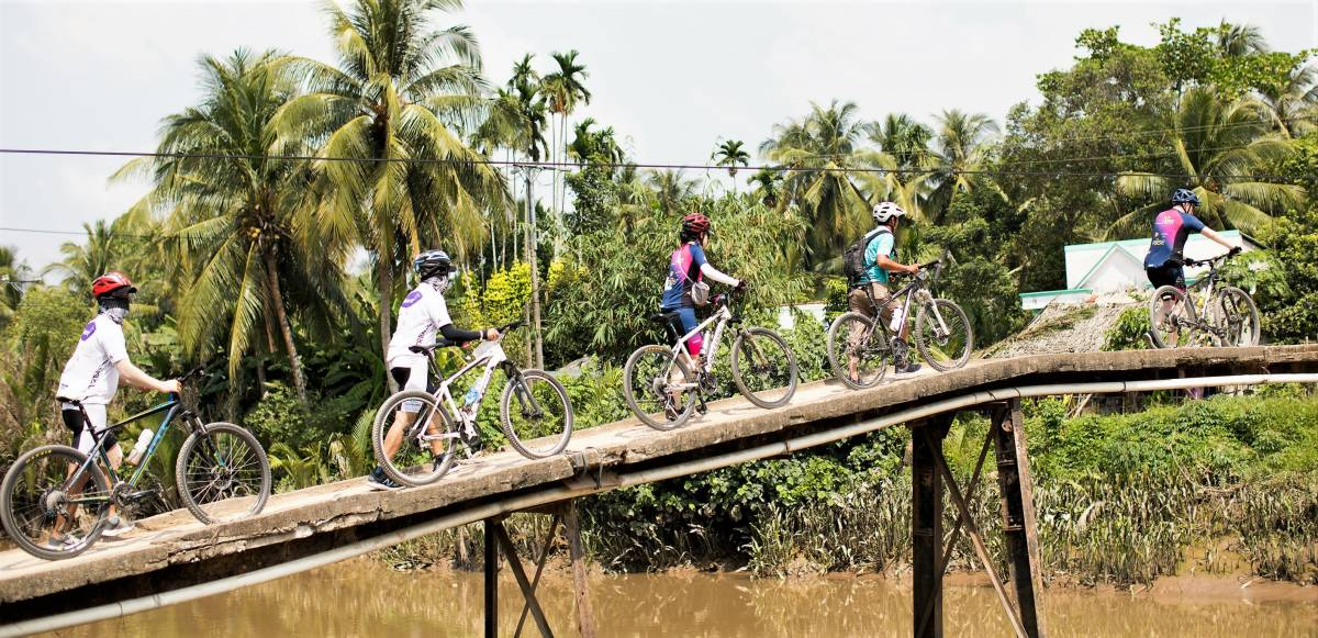 Accor raises over 120,000USD for charity with a 300km bike journey across Southern Vietnam