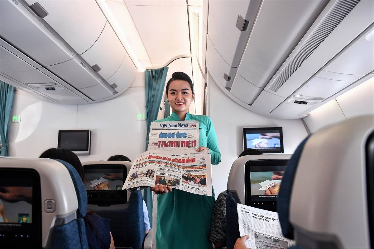 Vietnam Airlines Resumes In-flight Services Given Progress in COVID-19 Containment