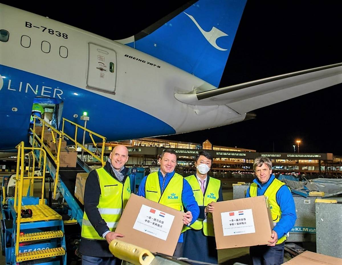COVID-19: Chinese Airline Partners support KLM by Donating Tens of Thousands of Masks