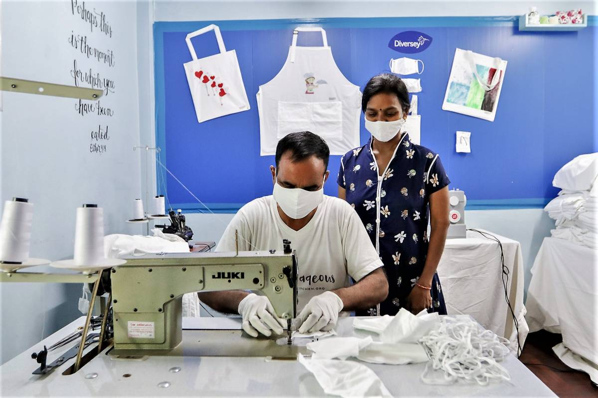 Shangri-La Partners With Diversey to Upcycle 12,500kg of Hotel Linen Into Half-a-million Reusable Face Masks for the Vulnerable