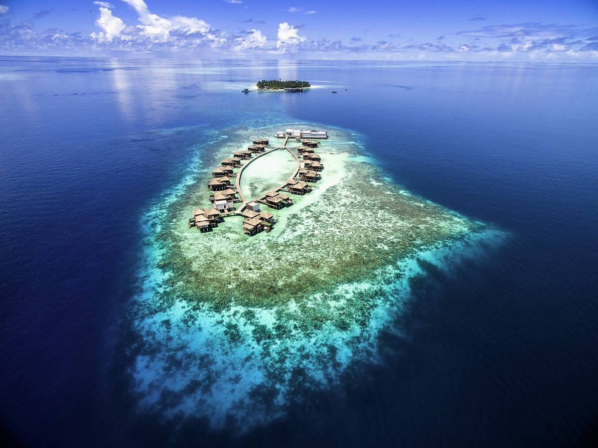 Dive into Five Shades of Blue in the Maldives with Accor