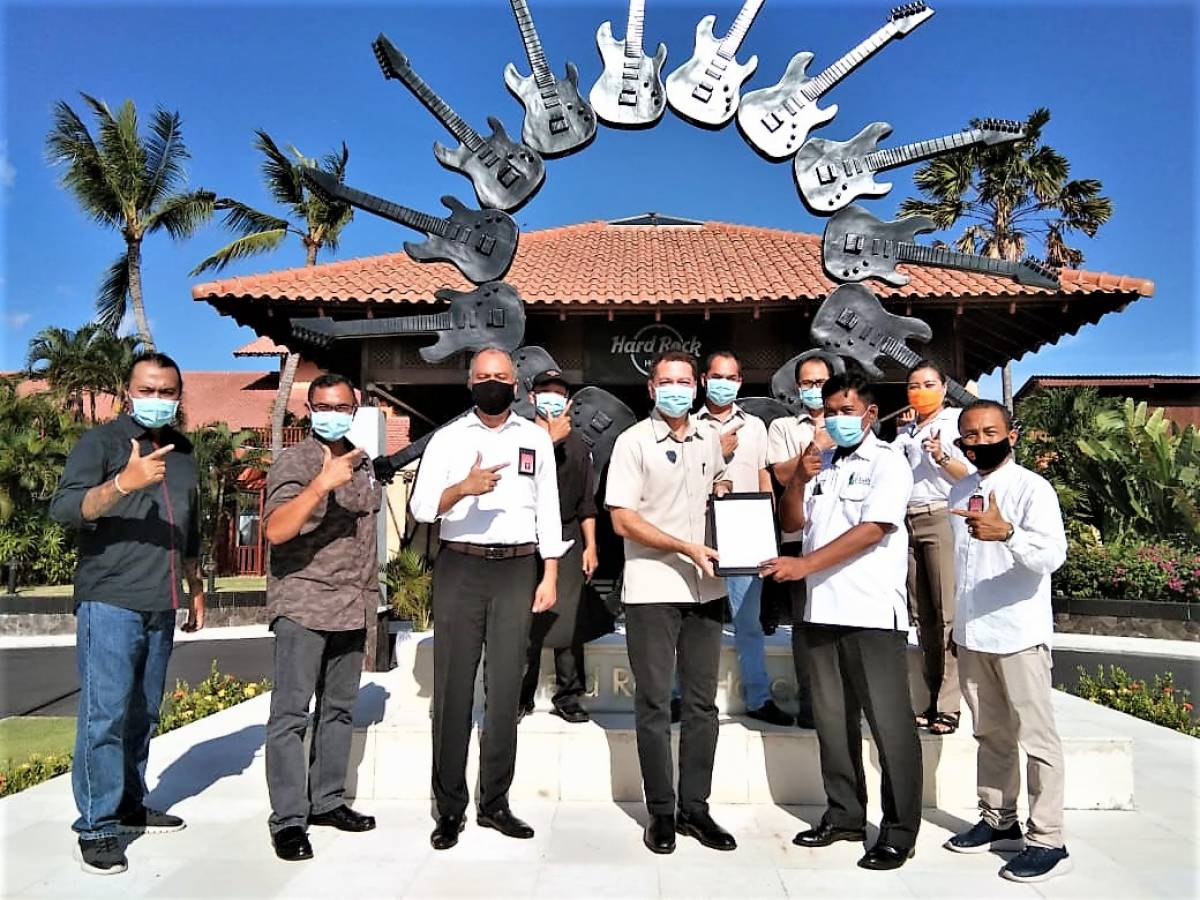 Hard Rock Hotel Bali Receives Certification for New Era Life Protocols From Bali Tourism