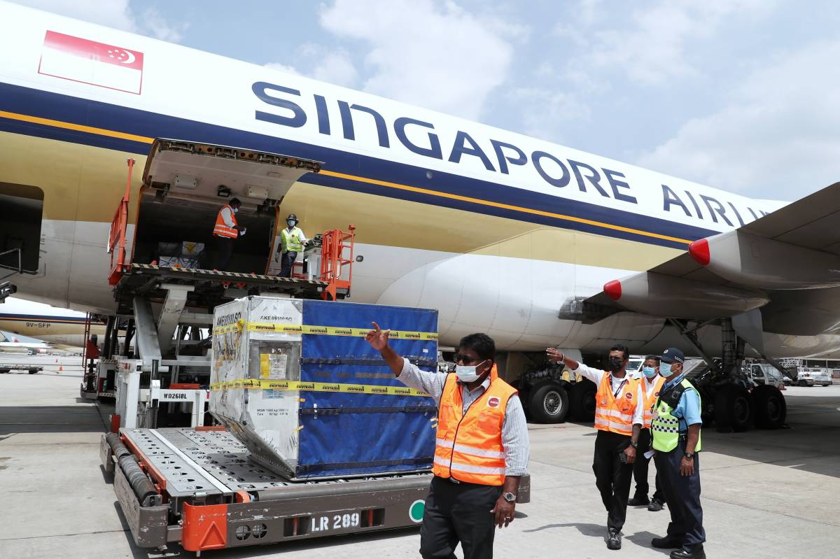 SINGAPORE AIRLINES SUPPORTS GLOBAL EFFORT TO DELIVER COVID-19 VACCINES