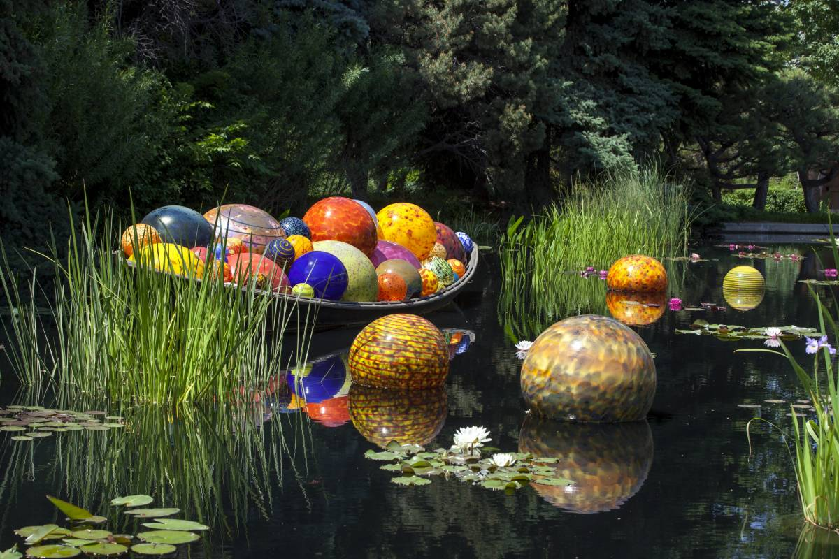 World-renowned Artist Dale Chihuly to Debut First Major Garden Exhibition in Singapore