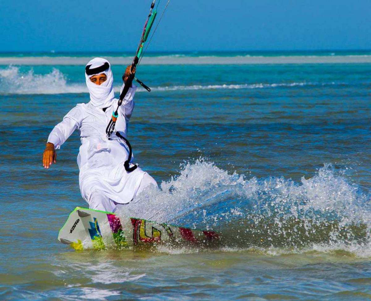 Killer Kitesurfing in Qatar