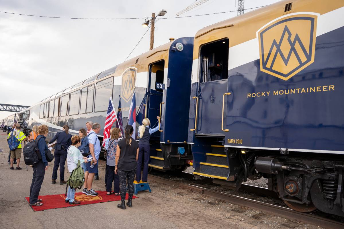 Luxury Train Company Rocky Mountaineer Introduces New Rockies to the Red Rocks Route