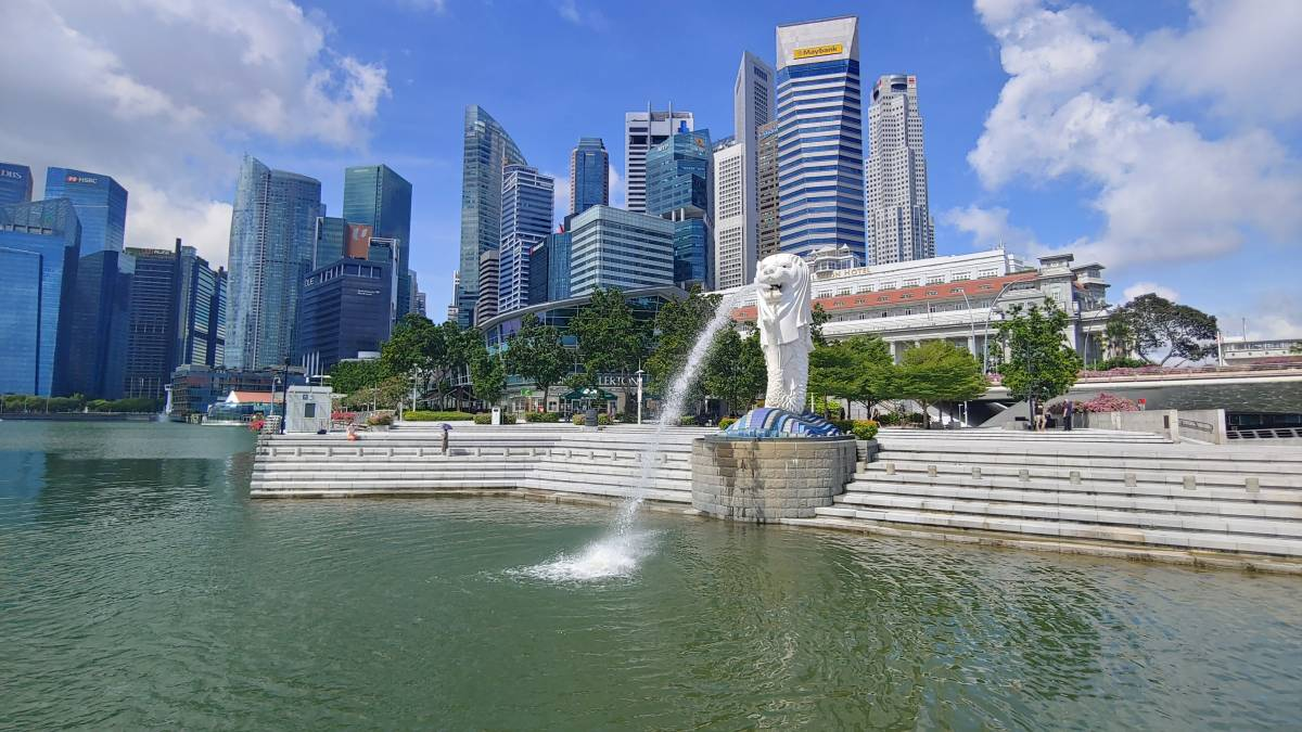 Tourism Authority of Thailand Singapore Office Organizes 'Thai Around Singapore' Cycling Tour in conjunction with World Tourism Day