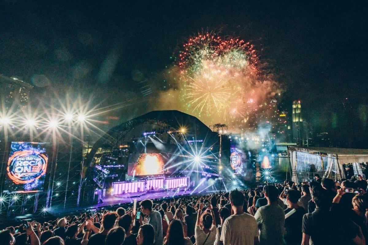 Singapore Rocks Into 2017