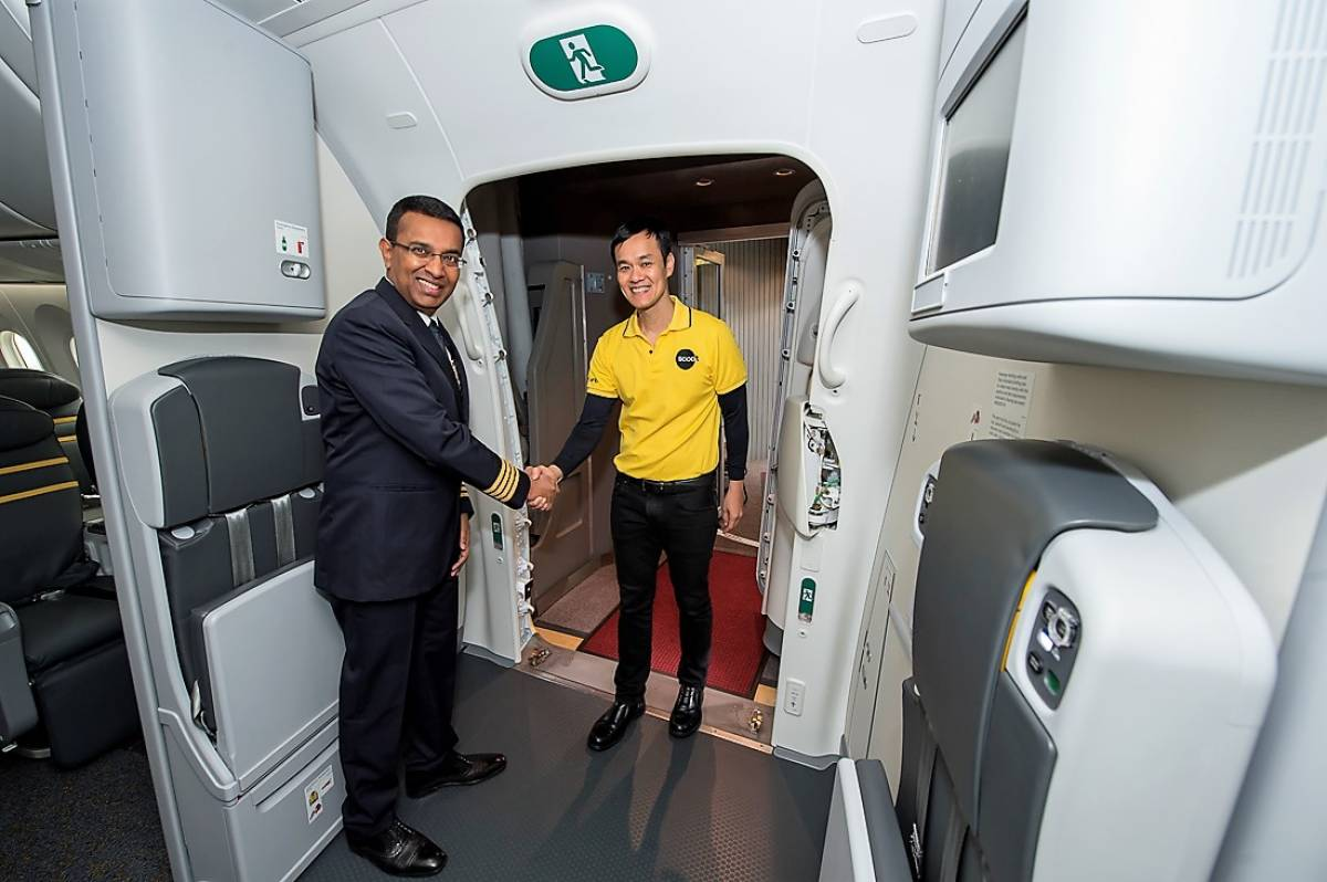 Scoot Takes Delivery of New 787 Dreamliners with Crew Bunks