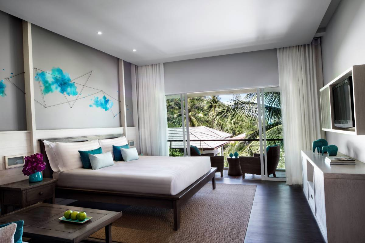 A STYLISH BEACHFRONT RESORT WITH POOL VILLAS BEING BUILT ON KOH SAMUI
