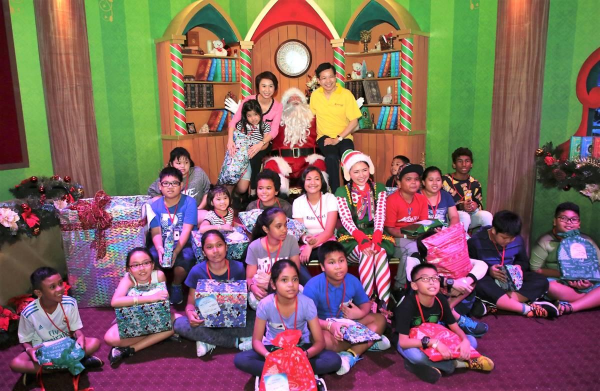Resorts World Sentosa Celebrates aRWSome Wishes