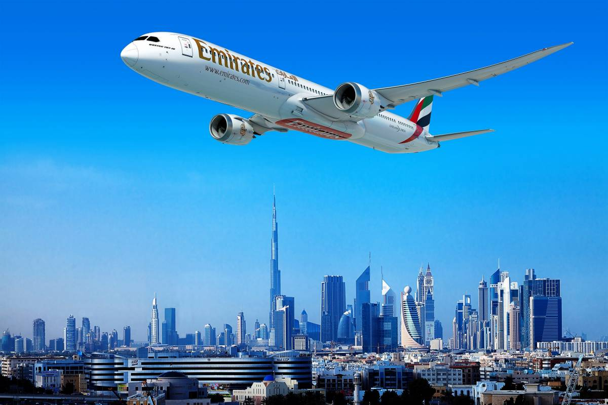 Emirates places US$15.1 billion order for 40 Boeing 787 Dreamliners